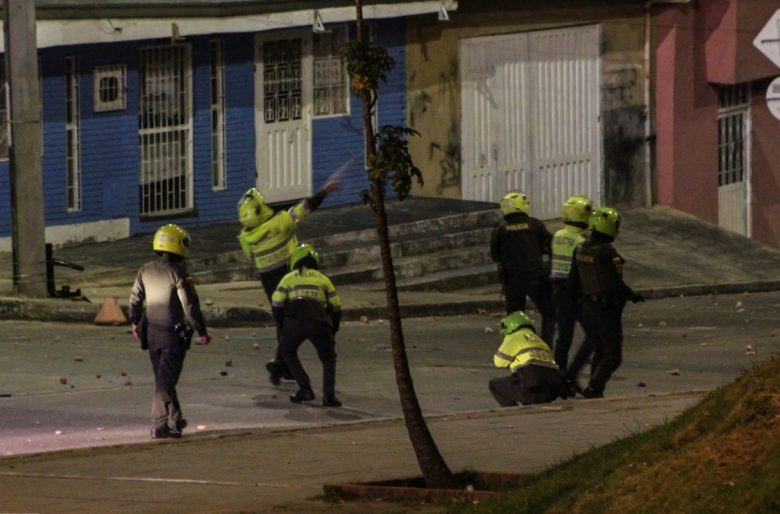 Tres policías a responder por presunto homicidio de 4 personas en protestas