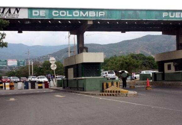 Las fronteras terrestres y fluviales de Colombia de nuevo cerradas