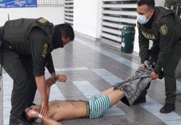 No para la barbarie: policía mata a joven que se divertía con sus amigos