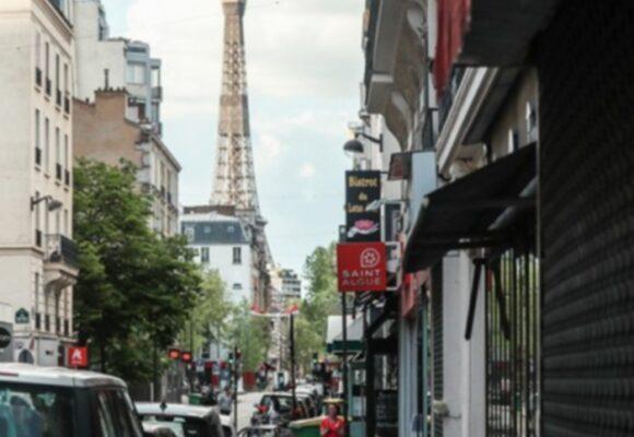 Francia se acerca a un tercer confinamiento