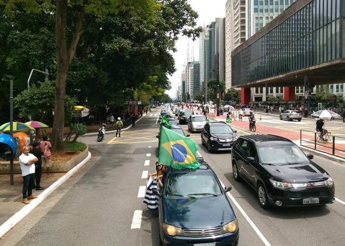 En 50 ciudades de Brasil se revelaron contra Bolsonaro
