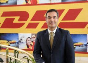 El costarricense que logró los contratos para traer las vacunas Pfizer a Colombia