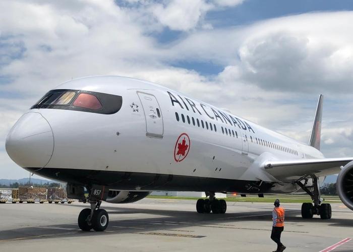 Air Canada suspende vuelos a Colombia, debido al impacto del Covid-19