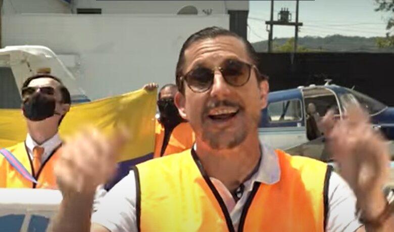 Juanpis y Julián Roman ridiculizan a Iván Duque