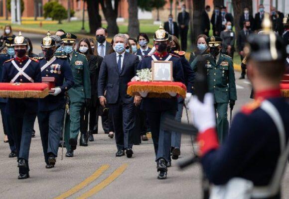 La pandemia, los poderosos y el pueblo