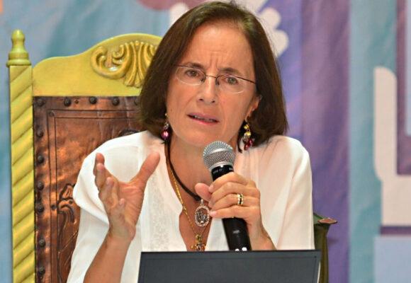 Hasta Salud Hernández está indignada con nombramiento de hija de Alicia Arango