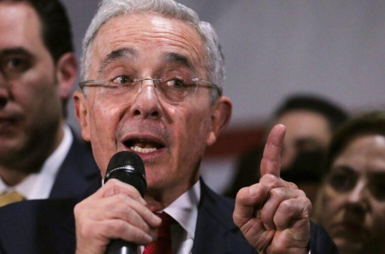 ¿Se le daño el negocio a Uribe en la Sierra Nevada?
