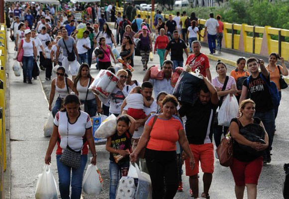 Estalló el odio ancestral de los colombianos a los venezolanos