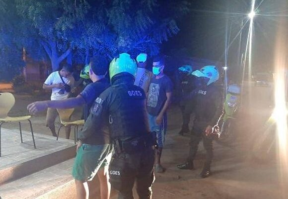 El Carnaval es más importante que la vida: ¡1.000 fiestas clandestinas en Barranquilla!