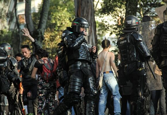 Las armas con las que la policía colombiana mató a 14 jovenes, eran españolas