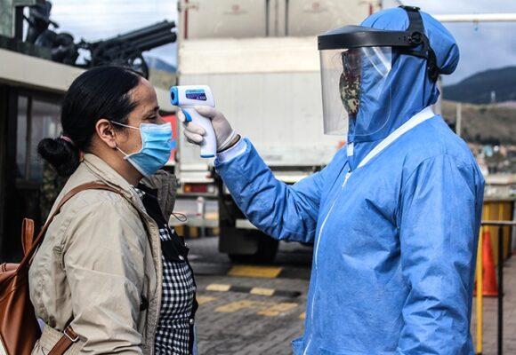 Adiós al termómetro y al tapete: Bogotá elimina medidas inútiles
