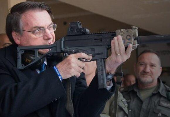 ¿Milicias bolsonaristas? Alerta en Brasil después de flexibilizar el uso de armas