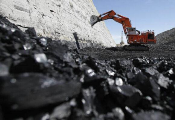 La producción de carbón morirá pero lentamente