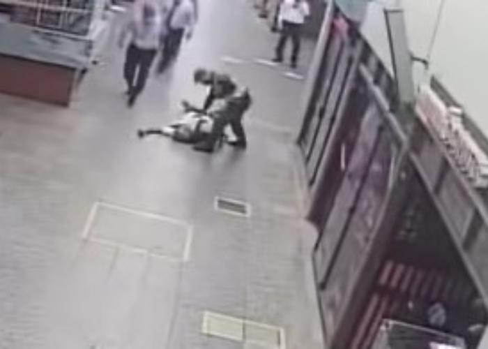 VIDEO: Policía sacó dotes de médico y salvó la vida de un hombre en Ibagué