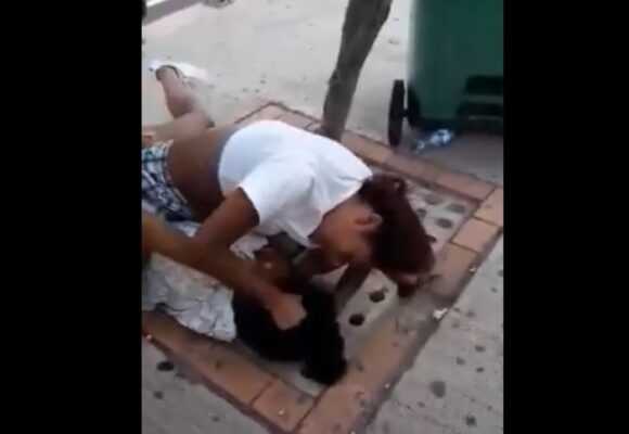VIDEO: Bochornosa pelea entre niñas en Cartagena