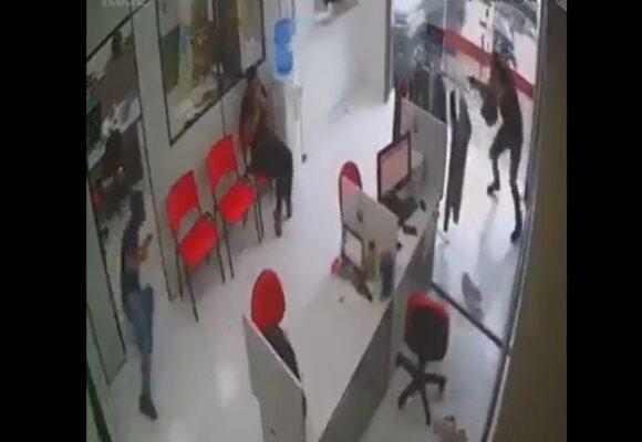 VIDEO: La milagrosa salvada de mujer en medio de una balacera en Cali