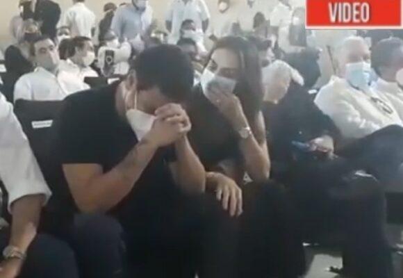 VIDEO: El llanto de Silvestre Dangond en el funeral de Jorge Oñate
