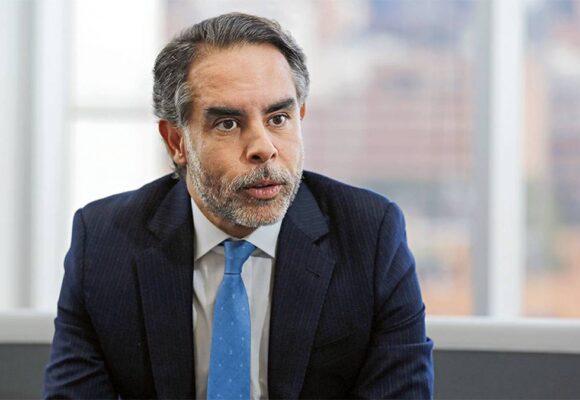 La lambonería de Armando Benedetti con Semana