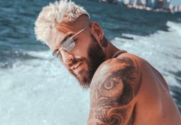 Maluma no necesita bañarse para ser el hombre más sexy del mundo