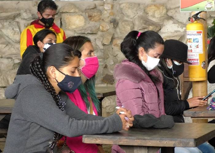 Por pilas, 137 mujeres campesinas fueron becadas