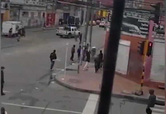 VIDEO: Plaza España en Bogotá, tomada por los ladrones