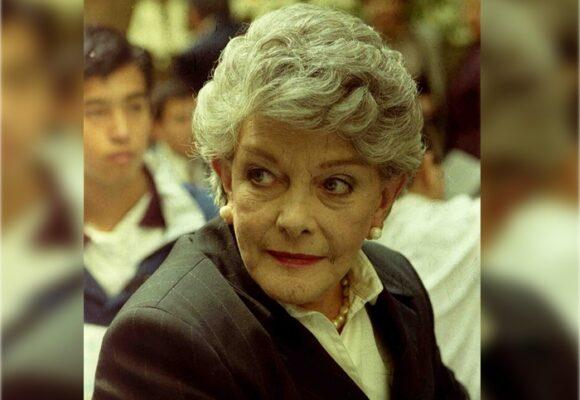¡Qué temprano se nos fue Doña Gloria Valencia de Castaño!