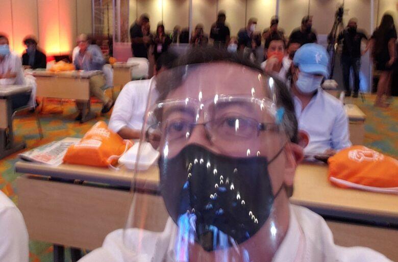 El pavor a la muerte por Covid de Gustavo Petro en un hospital de Italia
