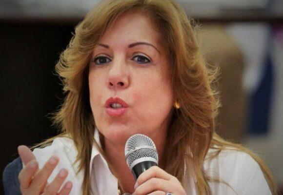 La Gobernadora del Valle enfrenta una nueva batalla: el COVID