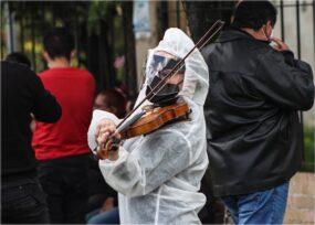 16.377 casos nuevos y 326 fallecimientos más por Covid en Colombia