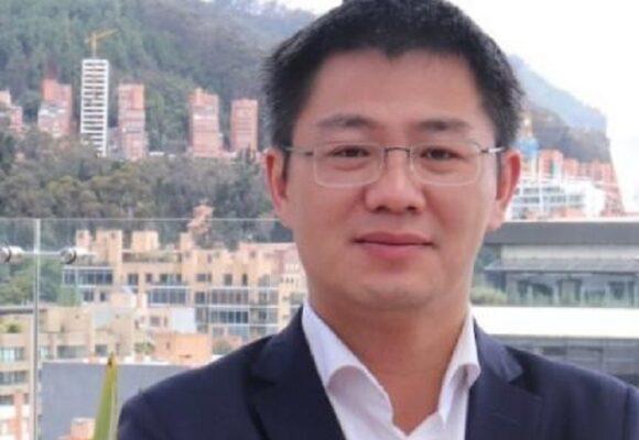 El poderoso Wu Yu, el chino que manda en la obra del metro de Bogotá