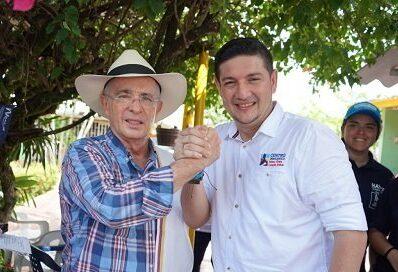 La campaña de Salomón Sanabria estuvo ampliamente apoyada por el expresidente Álvaro Uribe Vélez y logró la victoria en 2019 con 87.666 votos. Foto: Prensa Libre Casanare