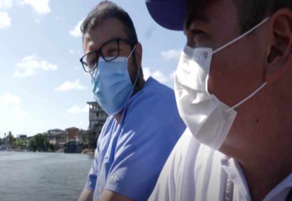 El cirujano que salva vidas en los rincones más olvidados de Colombia