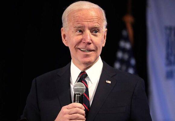 Un poema: anticipo de la posesión de Joe Biden