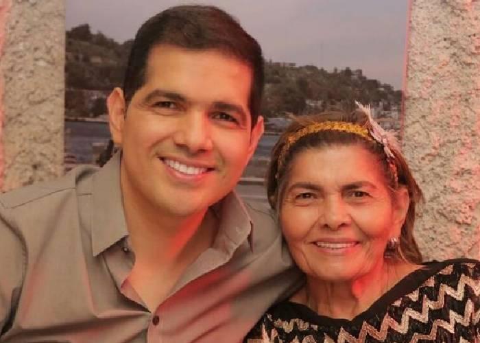 Peter Manjarrés súplica para que su mamá sea vacunada