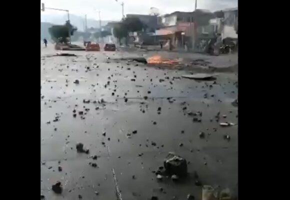 Denuncian muerte de 7 personas en Cali en barrio Calipso