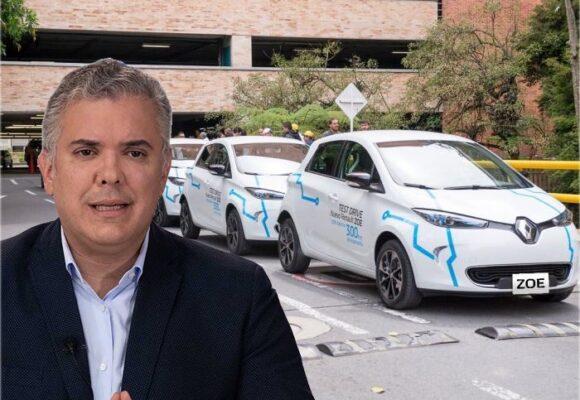 La contradictoria medida de Duque para los carros eléctricos