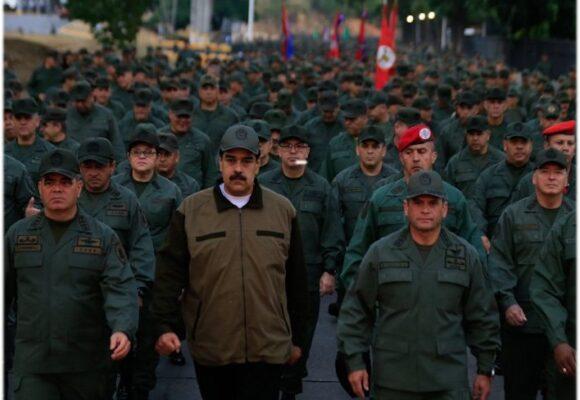 Venezuela enviará mil milicianos a zona fronteriza con Colombia