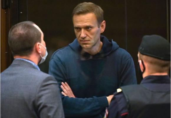 La salud de Navalny se deteriora tras 19 días de huelga de hambre