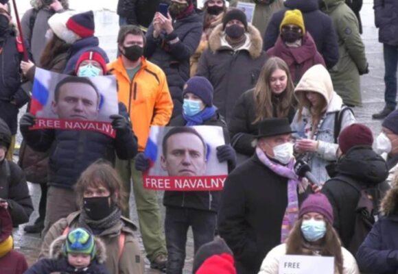 La justicia rusa ordena a la organización de Navalny suspender sus actividades