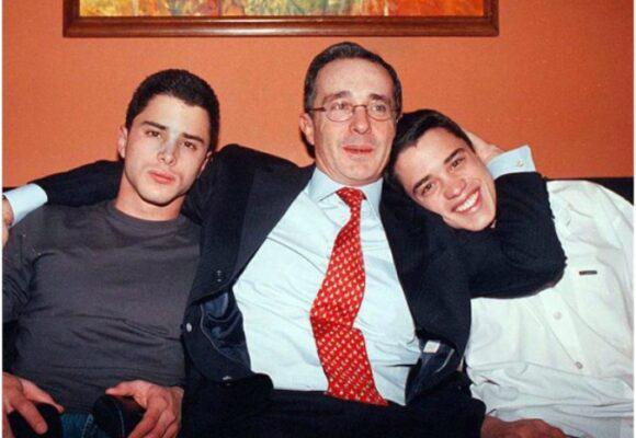 El día que Uribe obligó a su hijo a comerse su vomito