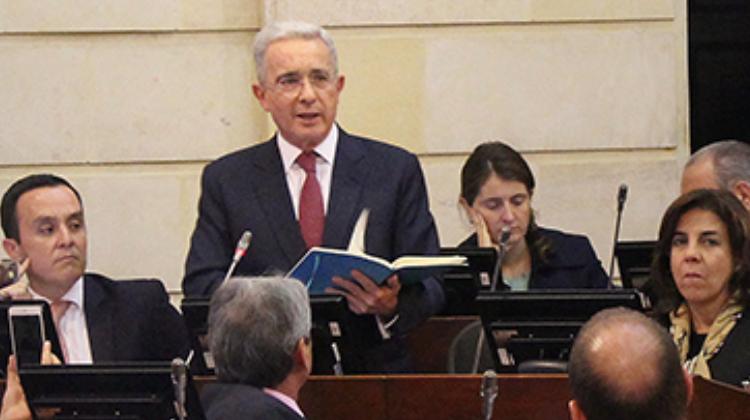 La bancarrota de Uribe
