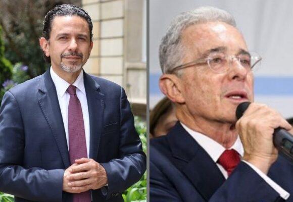 Se va del gobierno el Comisionado de paz Miguel Ceballos, bravo con Uribe