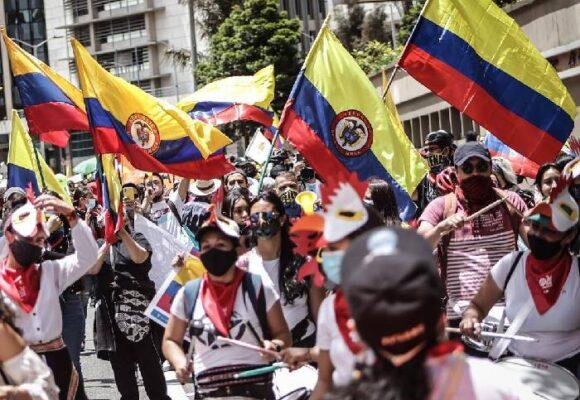 La resistencia social como mecanismo de democratización de la política