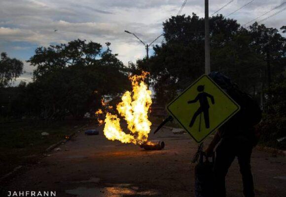 El pueblo del Valle del Cauca, bajo fuego oficial