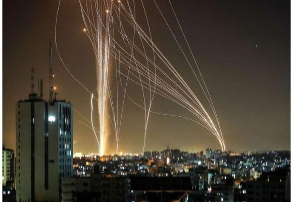 La escalofriante guerra de misiles que disputan Israel y Palestina