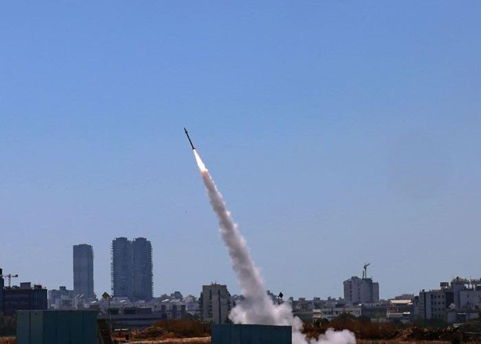 Israel responde con más de 500 bombardeos a más de 1.000 cohetes disparados desde Gaza