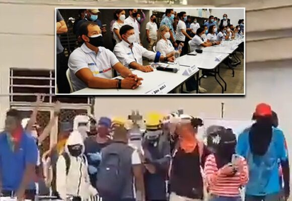 A gritos los jóvenes de bloqueos en Cali se le levantaron a dos ministros,la gobernadora y el alcalde