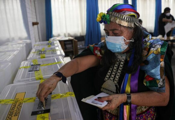 En Chile los independientes ganaron mayoría para escribir la nueva Constitución
