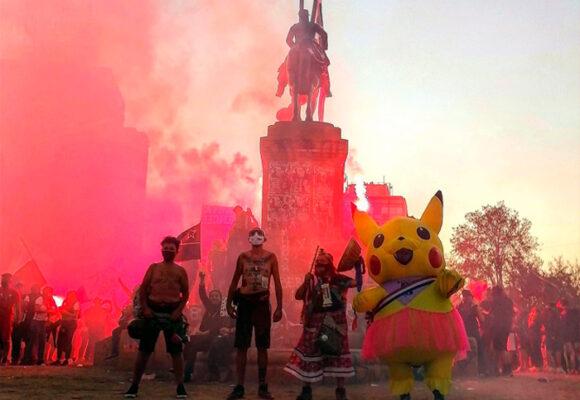 Manifestantes de las marchas de Chile lograron llegar a la Asamblea Constituyente
