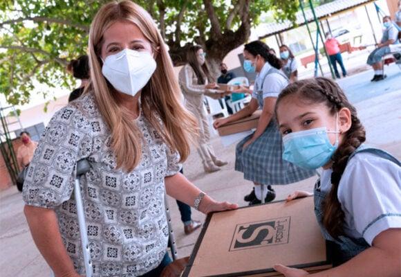 70 mil millones de pesos para renovar la infraestructura en más de 150 colegios del Atlántico